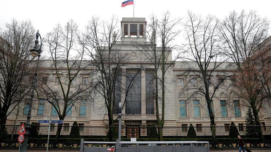 Moscú dice que Londres deja una bomba de efectos retardados en la relación UE-Rusia