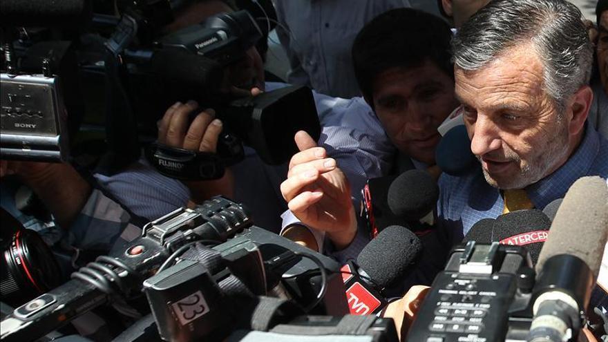 Senador oficialista reitera más sintonía con Bachelet tras cita con Matthei
