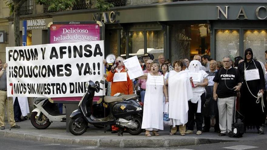 Afectados protestan en Madrid.