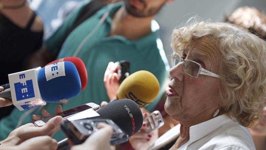"""Carmena pide al PP una """"reconversión"""" por el """"gota a gota"""" de la corrupción"""
