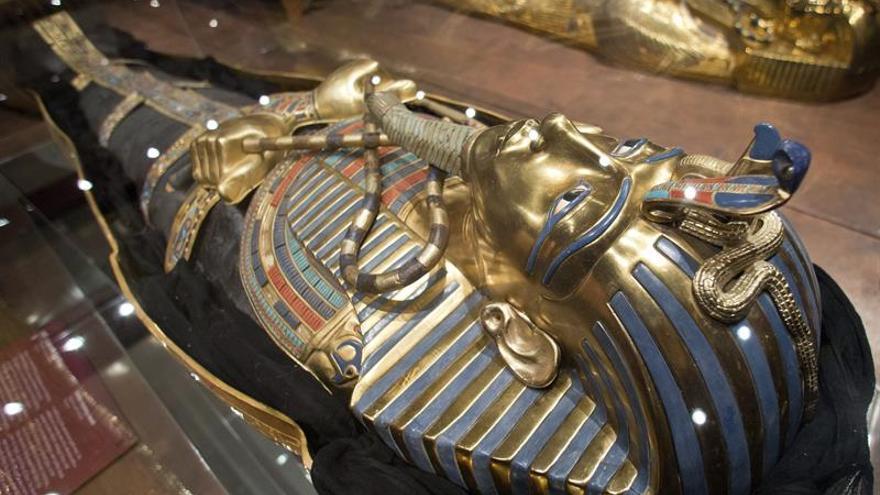Un estudio japonés revela dos posibles cámaras ocultas en la tumba de Tutankamón
