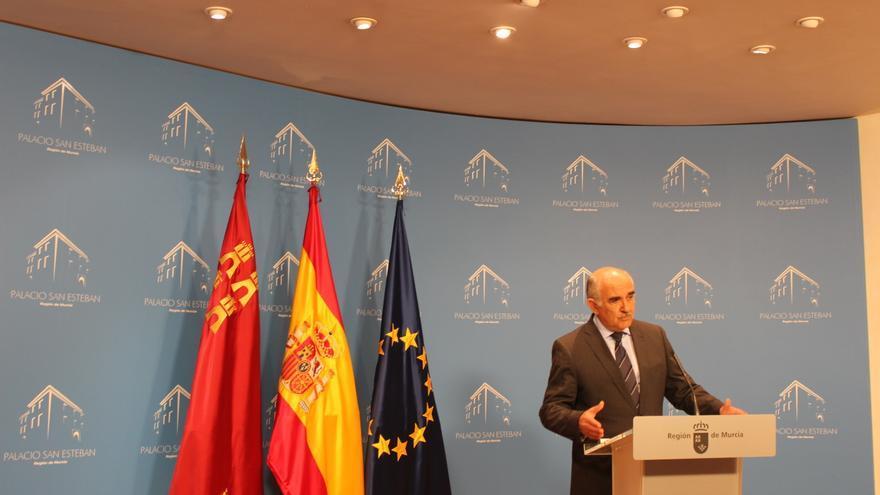 El presidente Garre ha proclamado que su Gobierno defiende los intereses de un millón y medio de murcianos / PSS
