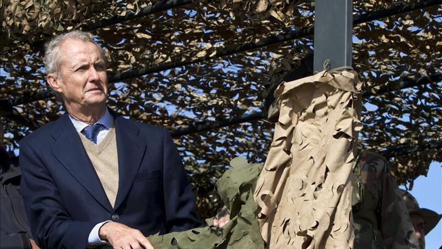 Morenés dice que el Ejército tiene que prevenir asuntos peligrosos por su seguridad