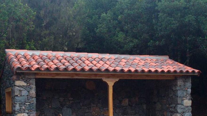 El Cabildo acaba la marquesina de Pajarito y construye la de Jardín de Las Creces