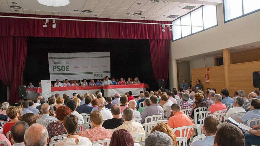 El congreso provincial del PSOE se celebrará el 21 de octubre y los precandidatos necesitarán el 20% de avales