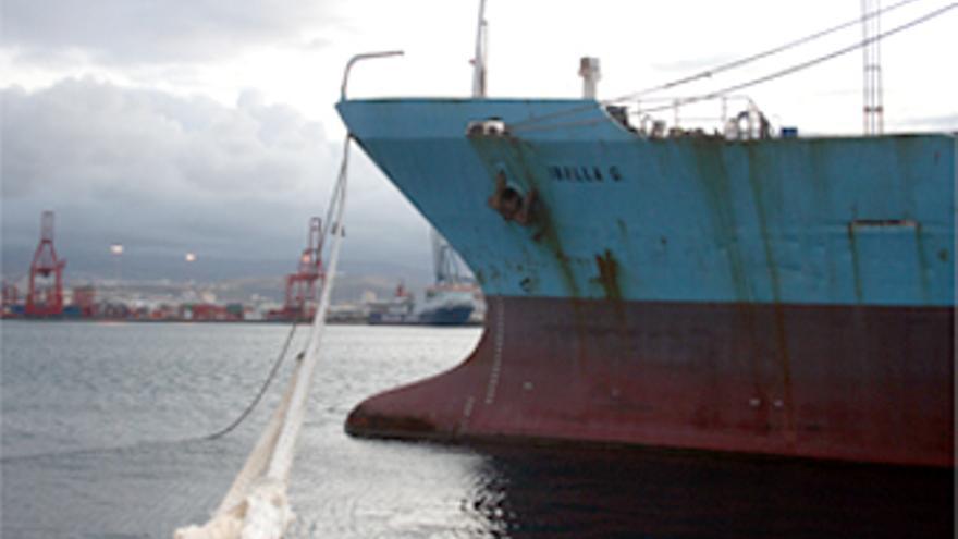 El 'Iballa G' en el puerto de La Luz y Las Palmas. (CANARIAS AHORA).