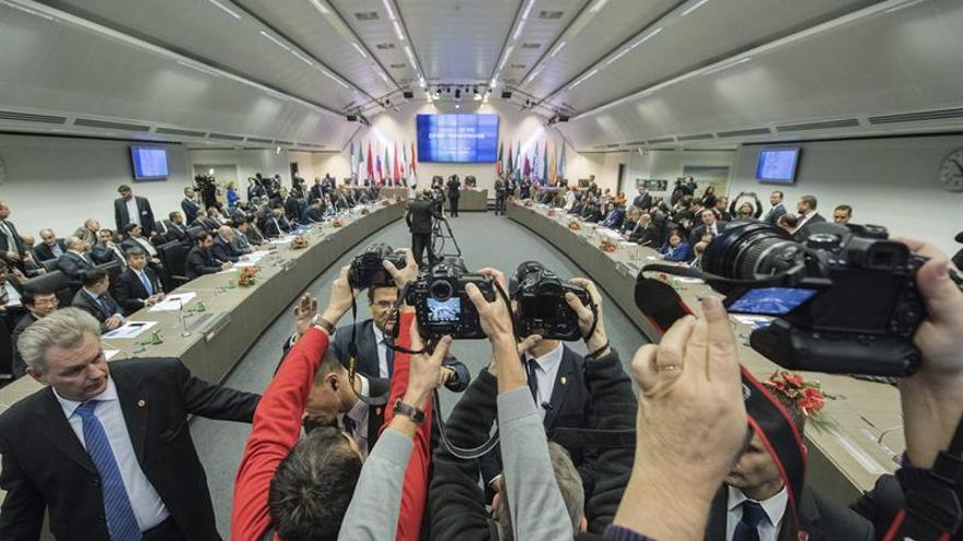 Los ministros de la OPEP y no OPEP se reunirán este sábado en Viena
