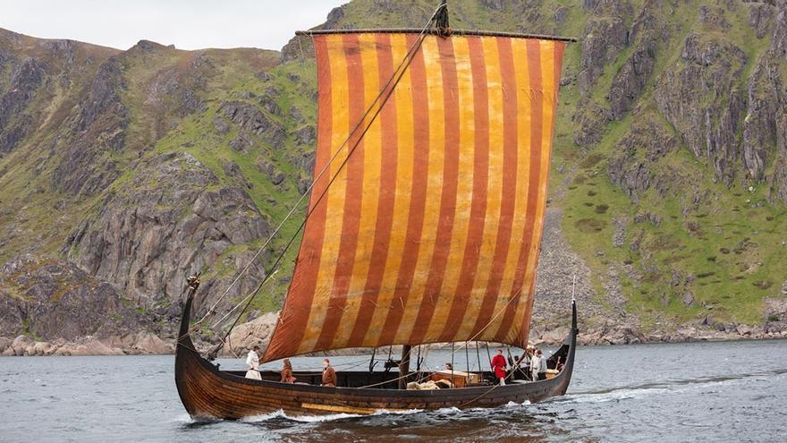 Réplica de drakar vikingo en Lofotr. Museo de Lofotr