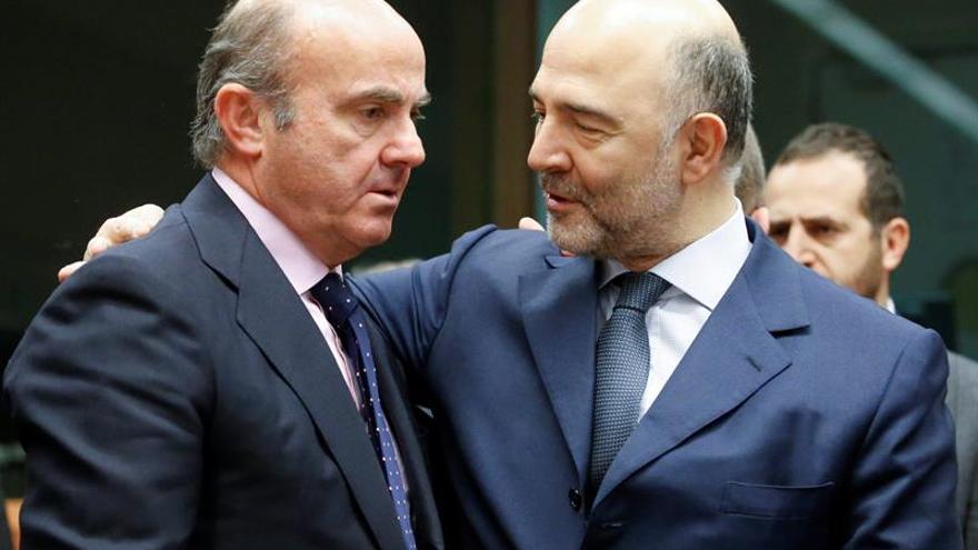 La CE se inclina por multar a España y Portugal por déficit excesivo