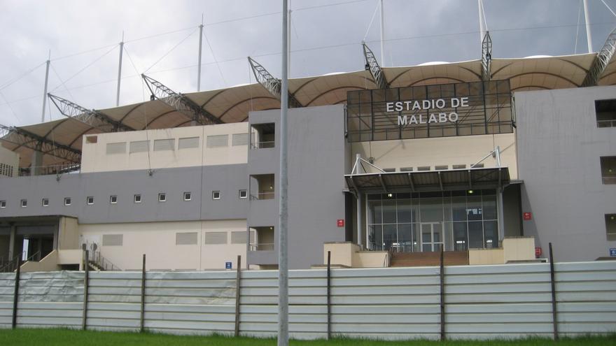 Estadio de futbol de Malabo. Por Embassy of Equatorial Guinea