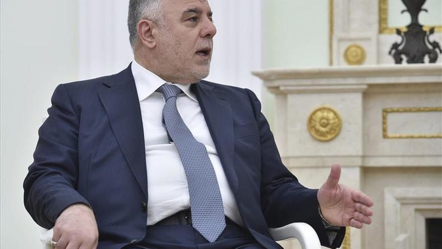 El primer ministro iraquí y responsable de EEUU analizan la lucha contra el EI