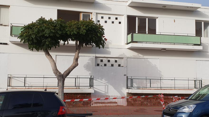Antiguas viviendas de los maestros anexas al Estadio Municipal Aceró.