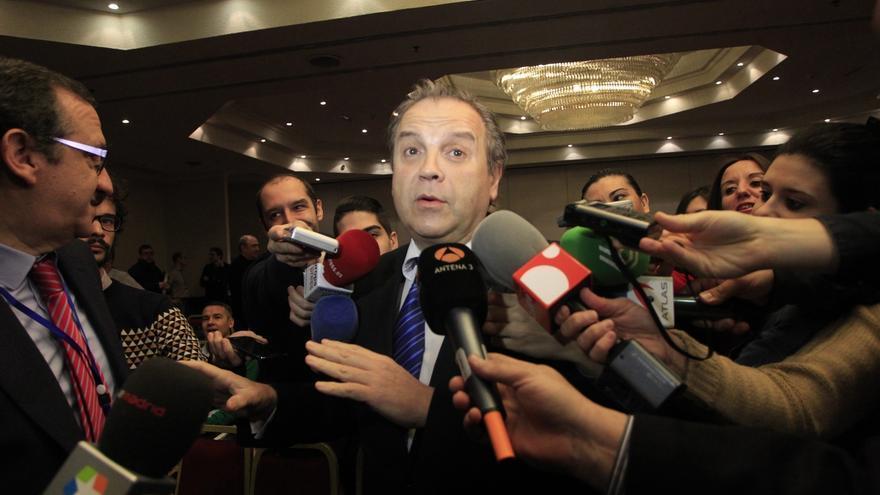"""Carmona dice que su """"única lucha y pelea"""" es Madrid y que las encuestas dan opciones de ganar la ciudad"""