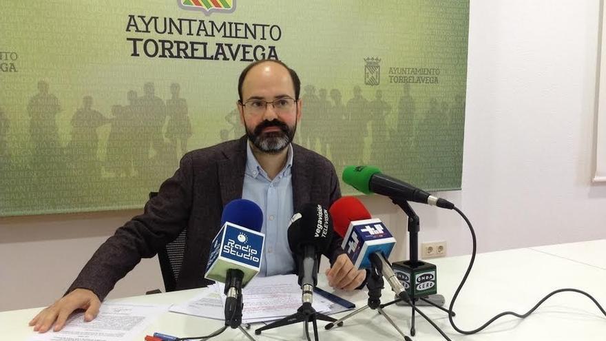 PSOE-PRC lleva al Pleno la modificación de plantilla para contratar 22 funcionarios para limpieza viaria
