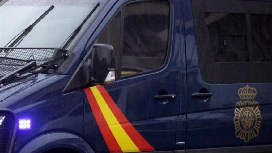 Encuentran un cadáver en dos petates bajo un puente en Santa Cruz de Tenerife
