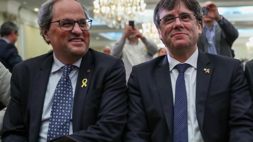 """Puigdemont y Torra llaman al Parlamento Europeo """"marioneta"""" de la derecha española y Borrell"""