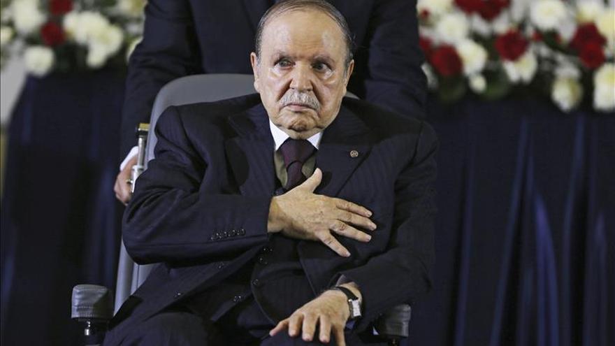 Buteflika está en Argelia, según fuentes de la Presidencia argelina