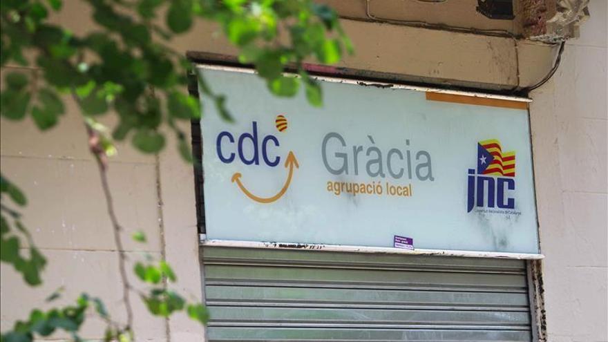El juez embarga 15 sedes de CDC para cubrir la fianza por el saqueo del Palau