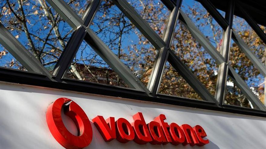 Trabajadores de Vodafone se concentran en Sol en protesta por el ERE