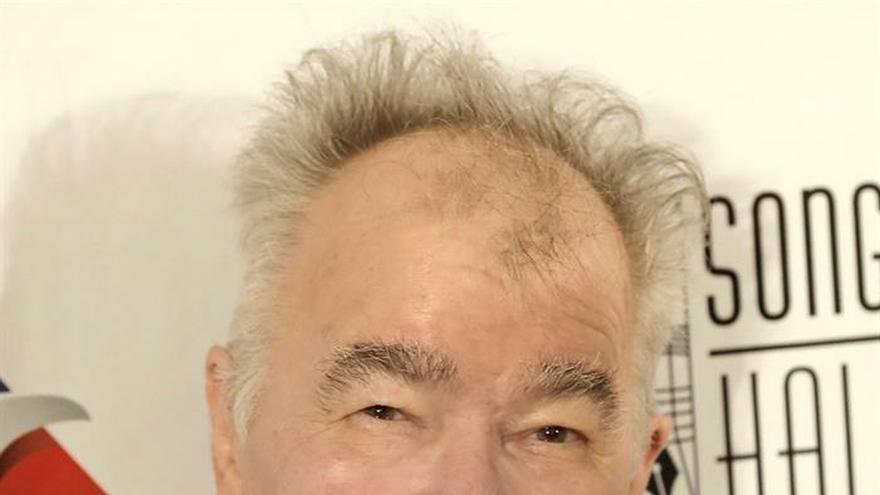 Muere con coronavirus John Prine, gran figura del folk y el country