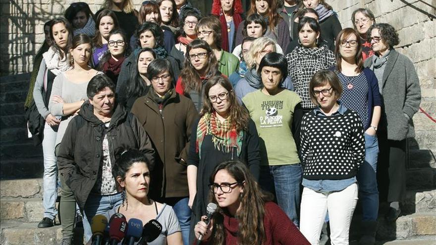 Mujeres-CUP-denuncian-menosprecio-machista_EDIIMA20160127_0657_4.jpg