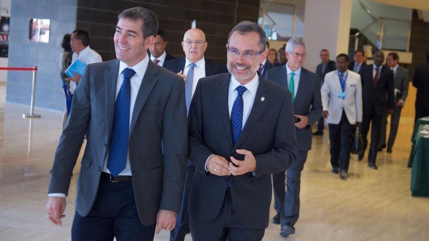 Fernando Clavijo y Marcial Morales, en la inauguración de Africagua.