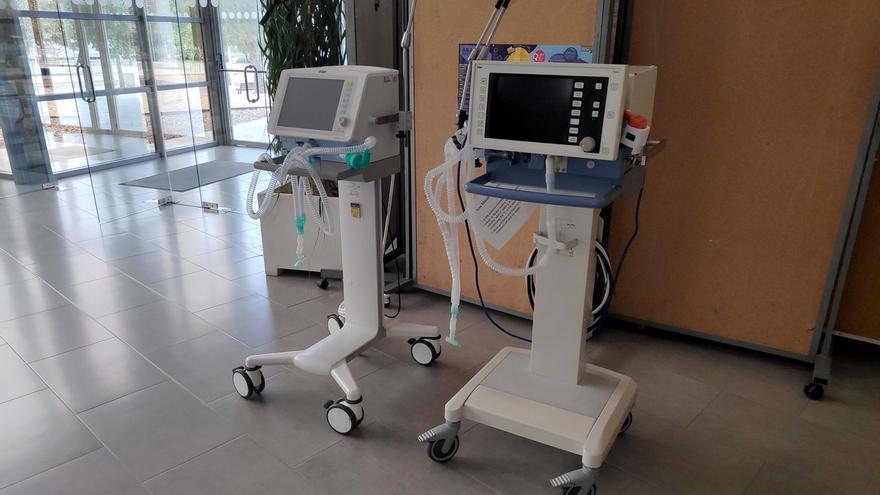 Respiradores en un centro hospitalario de Andalucía.