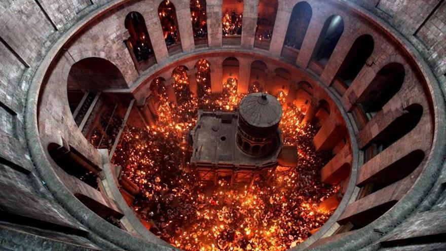 Las iglesias cristianas cierran el Santo Sepulcro en protesta por los impuestos