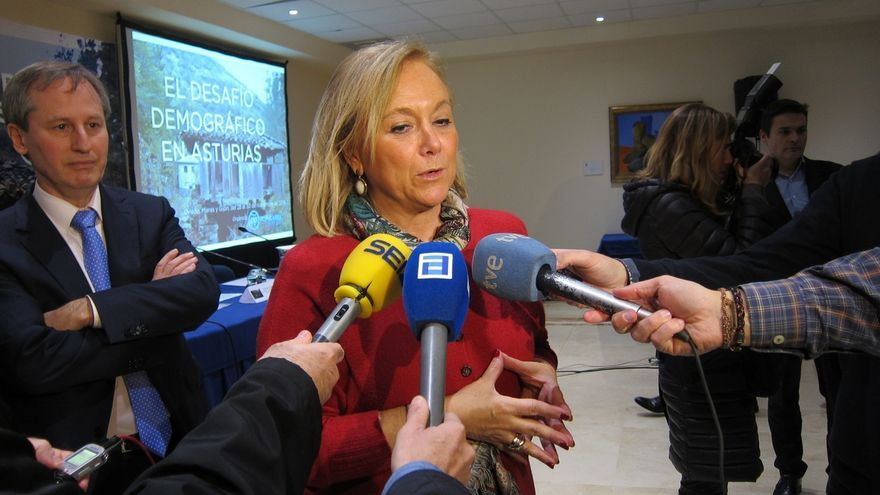 """Mercedes Fernández (PP) dice que el sistema de doble vuelta es """"innovador"""" y lo prefiere a las primarias"""