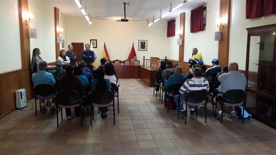 Presentación del plan de empleo del Fdcan en Mazo.