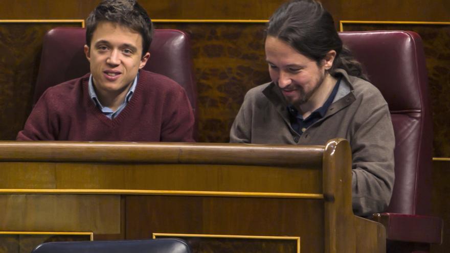 Íñigo Errejón y Pablo Iglesias, en el escaño, el 31 de enero de 2017.