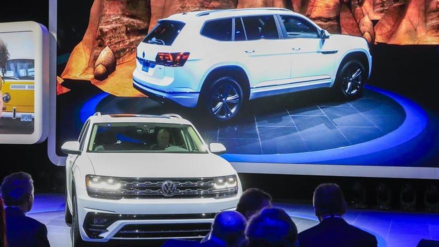Los todocaminos SUV ganan peso en el salón del automóvil de Detroit