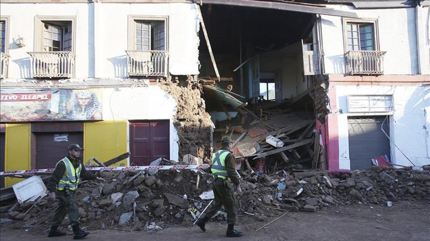 Se eleva a 10 el número de muertos por el terremoto en Chile