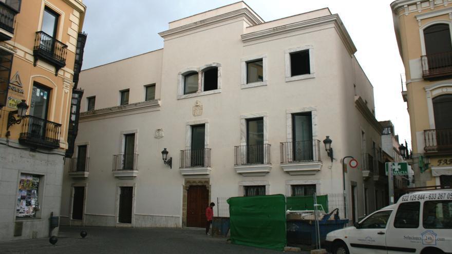 Sede del Arzobispado de Mérida-Badajoz en esta última ciudad