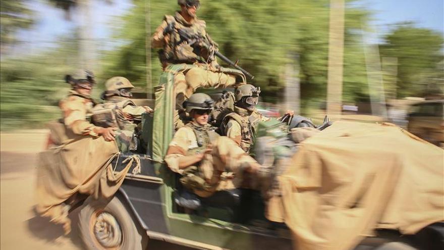 Francia espera esta semana un plan político del Gobierno de Mali