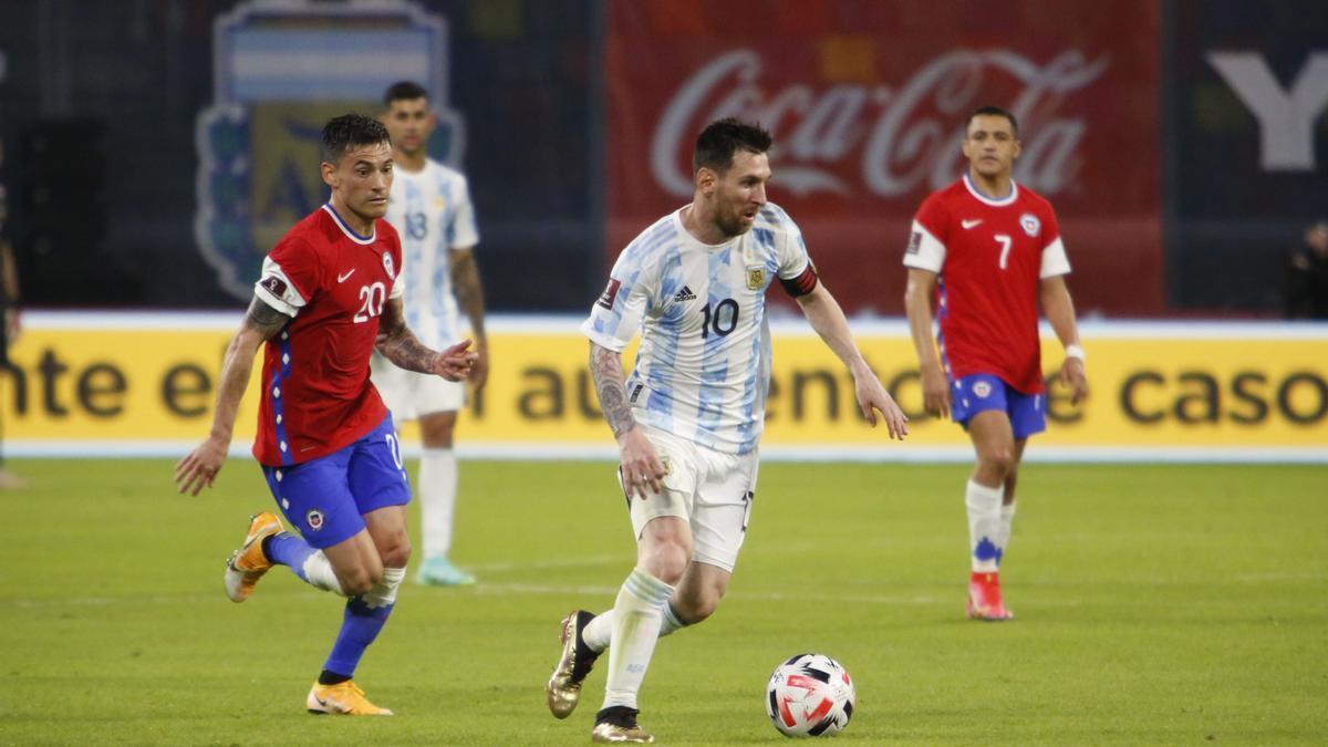 Messi convirtió el único tanto de Argentina, de penal.