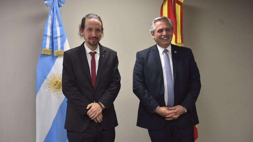El vicepresidente segundo del Gobierno, Pablo Iglesias, se reúne con el presidente de Argentina, Alberto Fernández, en Bolivia