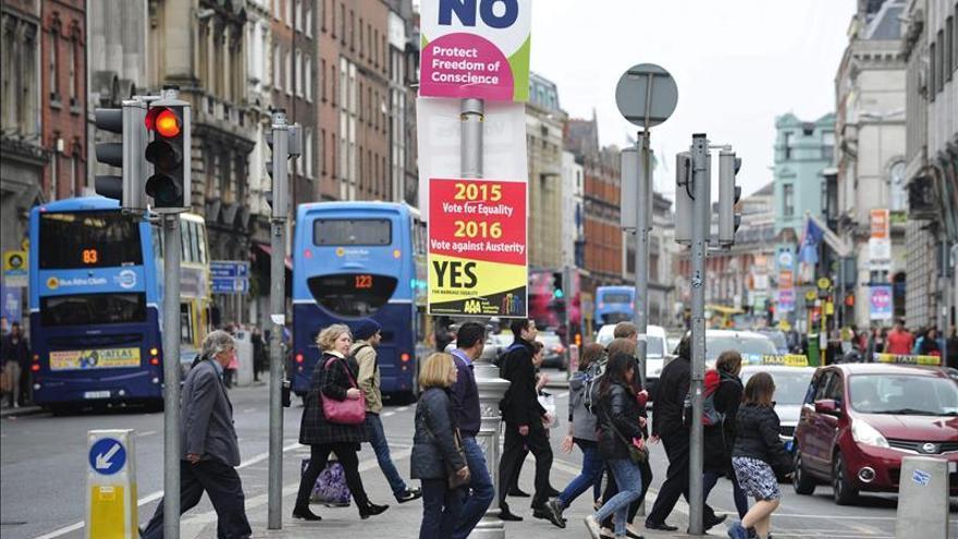 Alta participación al cierre en el referéndum irlandés sobre el matrimonio gay