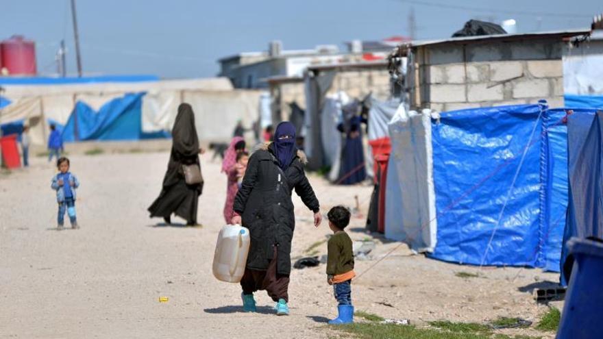 ONU alerta de más de 130.000 desplazados por ofensiva turca en noreste sirio