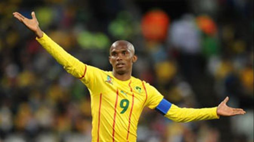 Samuel Eto'o no mantiene una buena relación con el seleccionador de Camerún. (AFP / GETTY IMAGES)