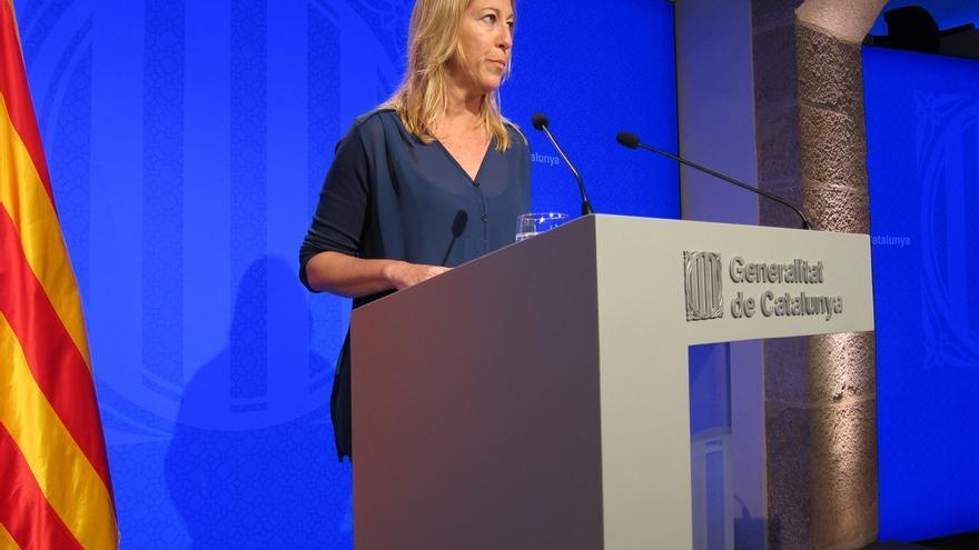 """La Generalitat descarta recurrir la prohibición de esteladas: """"Quien lo podría hacer es el Barça"""""""