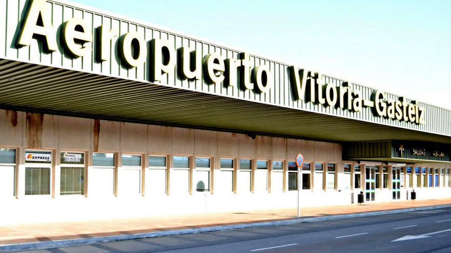 Euskadi navarra y la rioja cinco aeropuertos en un rea for Fuera de pista madrid