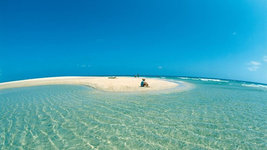 Playa de Sotavento, una de las mejor valoradas de la isla de Fuerteventura. TURISMO DE FUERTEVENTURA