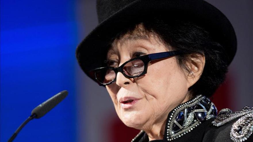 """Yoko Ono """"agradecida"""" a McMartney por decir que ella no separó a los Beatles"""