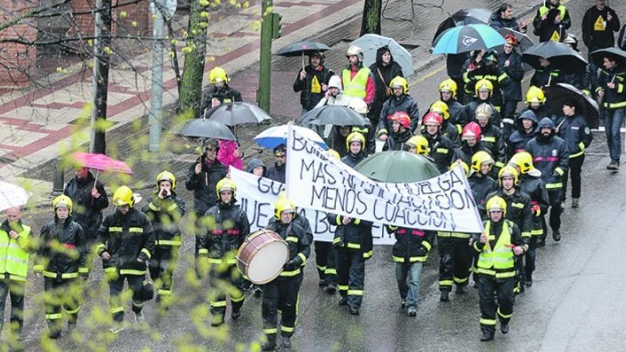 Manifestación de bomberos de Guadalajara. Foto: Nacho Izquierdo