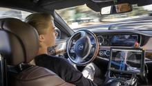 Así aborda Alemania los conflictos éticos de la era de los coches autónomos