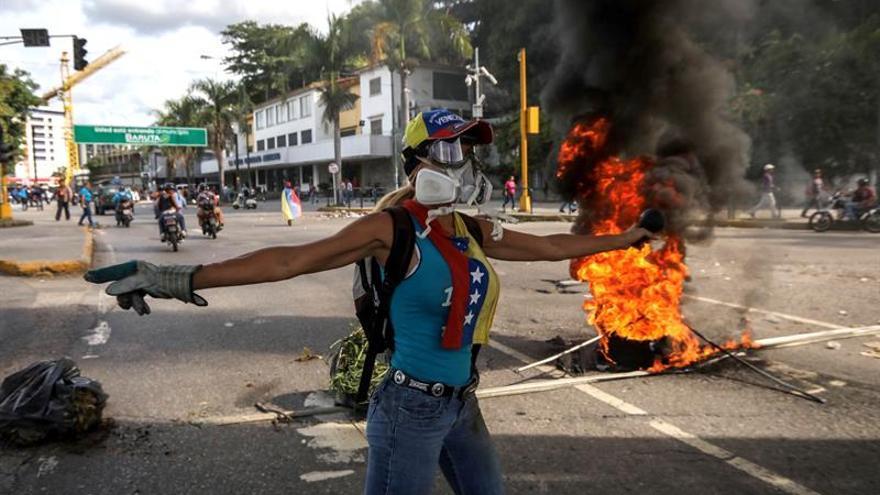 El Supremo venezolano advierte a un alcalde evitar el bloqueo de las vías tras una protesta