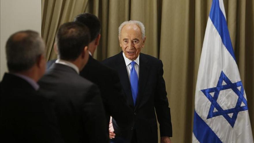 Peres continúa hoy con sus consultas para encargar la formación de gobierno