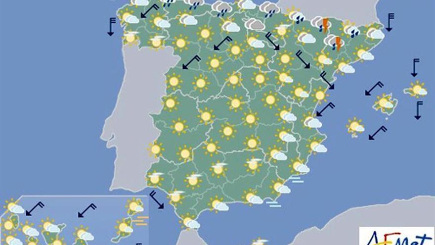 Hoy, chubascos en Aragón y Cataluña, calor en Canarias y sur peninsular