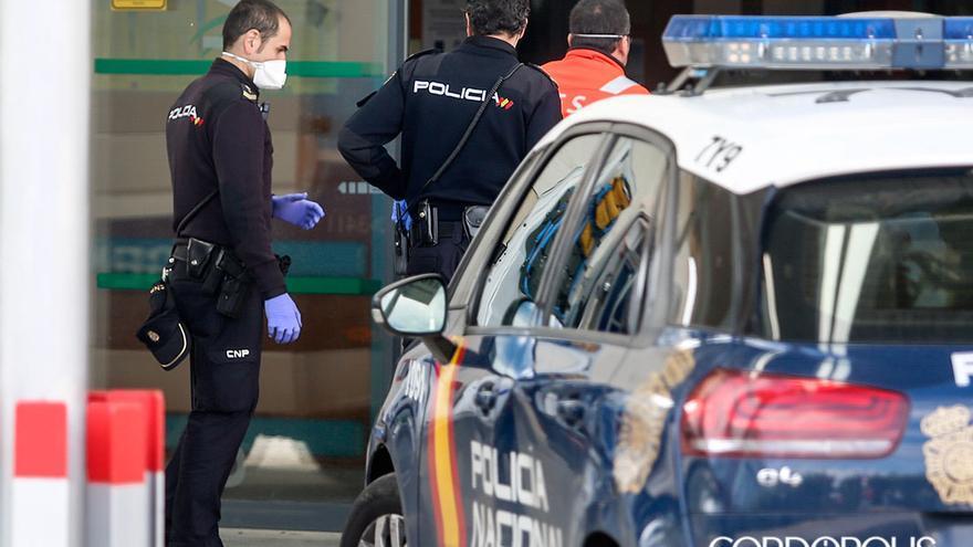 Agentes de la Policía Nacional   ÁLEX GALLEGOS